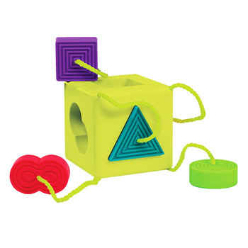 Fat Brain Toys, OombeeCube, Ages 6 Months and Older, 4 1/4 inches