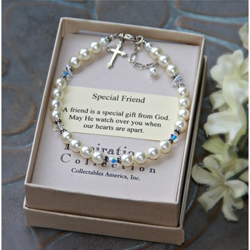 Collectables America Pearl And Crystal Beaded Bracelet Mardel