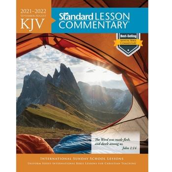 KJV Standard Lesson Commentary 2021-2022, by David C Cook, Paperback