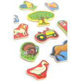 Melissa & Doug, Wooden Farm Magnets, Ages 2 Years and Older, 20 Pieces