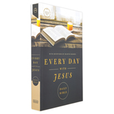 CSB Every Day With Jesus Daily Bible, Paperback